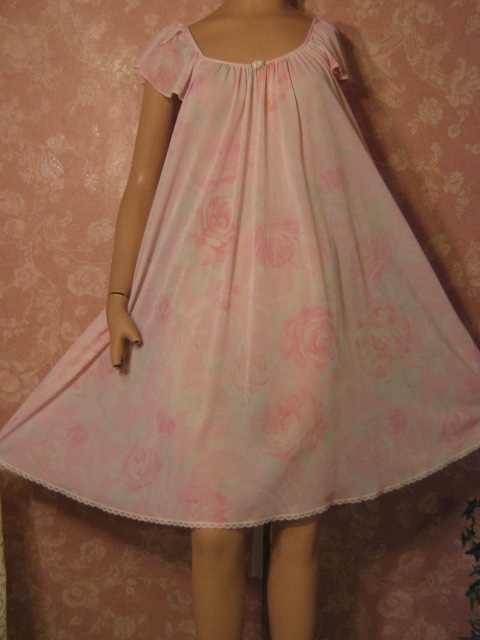 903a83c98a Watercolor pastel pink cabbage roses Miss Elaine Nightgown L XL